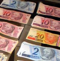 dinheiro, reais